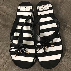 Kate Spade Black And White platform thong sandal